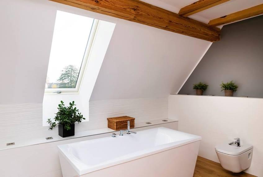 Badkamer Met Dakraam : Inspiratie badkamer met dakramen