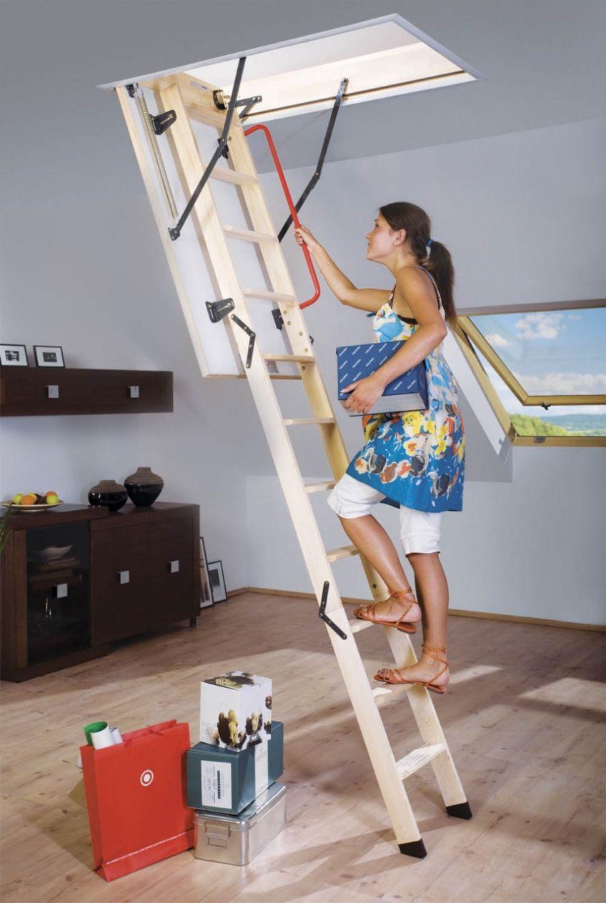 Zoldertrappen met houten ladder fakro for Vlizotrap monteren